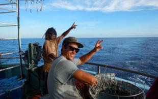 Navire Vaillant, la pêche à la palangre se fait à plusieurs, DAM/SPE